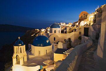 Oia 's nachts, Santorini, Cycladen, Griekenland van Markus Lange