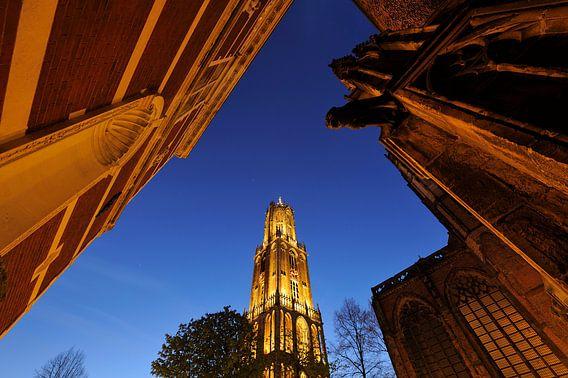 Academiegebouw, Domtoren en Domkerk in Utrecht, foto 2 van Donker Utrecht