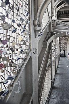 Liebesschleusen Brücke von Micha Papenhuijzen