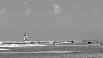 """black and white painting of tall ship """" de Morgenster"""" von eric van der eijk"""