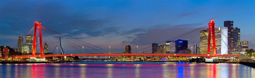 Panorama Willemsbrug van Anton de Zeeuw