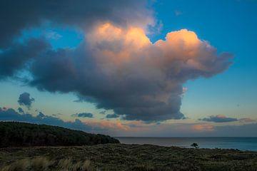 Reuzenwolk boven de Waddenzee Vlieland. van Gerard Koster Joenje (Vlieland, Amsterdam & Lelystad in beeld)