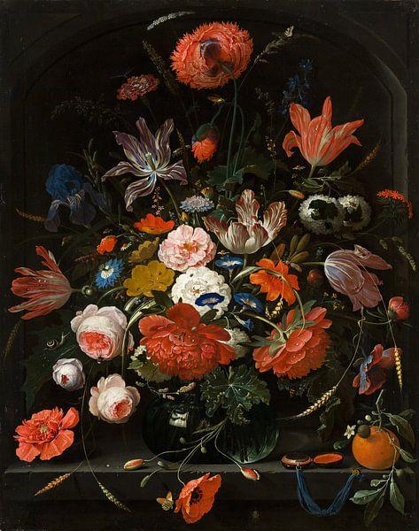 Bloemen in een glazen vaas van Diverse Meesters