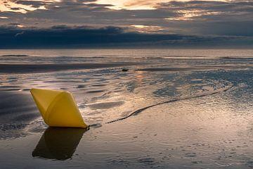 Boei op het strand van Cap Gris-Nez van