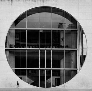 Berlijnse wandeling. van Mo Barends