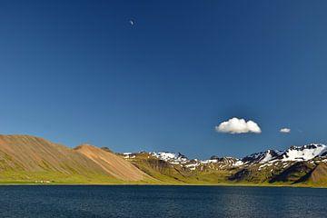 Hemelsblauw IJsland van Renzo de Jonge