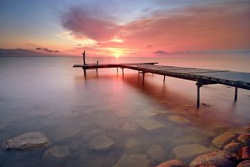 Steiger bij zonsopkomst von John Leeninga