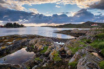 Fischereihafen Averøy von Arjen Roos