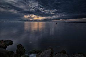 Avondschemering over het Heegermeer (1) van