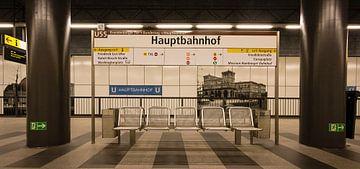 Berlijn - station de metro Hauptbahnhof sur Maarten de Waard
