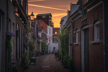 Amersfoort straatjes zonsondergang sur Albert Dros