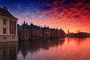 avondrood boven de Haagse Hofvijver van
