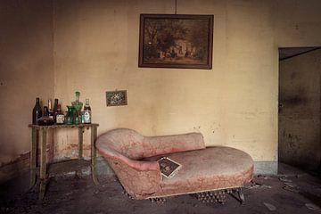 verlassene Couch von Kristof Ven