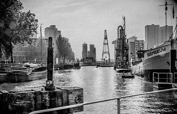 Retro3/ Leuvehaven, Maritiem museum, Rotterdam von Henry van Schijndel