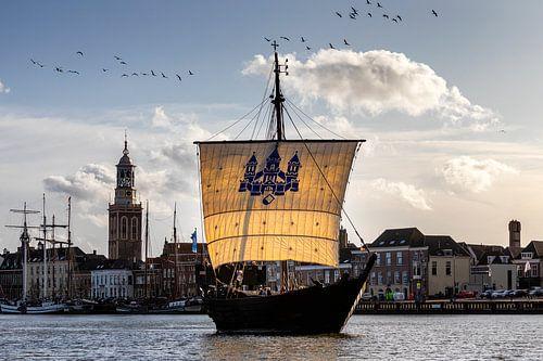 Kogge voor het IJsselfront van Kampen