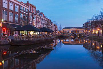 Leiden - uitzicht op de Koornbrug, Nieuwe Reijn sur Ardi Mulder