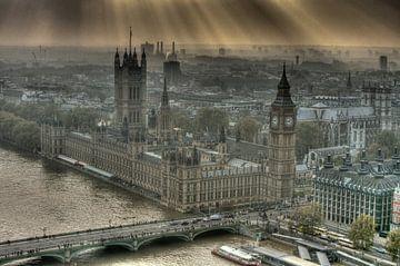 Sunshine on the Palace of Westminster London van Hans Brinkel