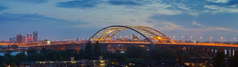Panorama van Brienenoordbrug te Rotterdam van Anton de Zeeuw