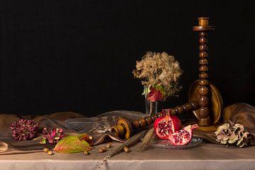 Stilleven met granaatappel van Fleur Halkema