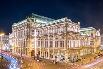 Staatsoper Wien van