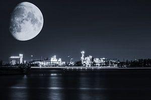 Een koude nacht in de Antwerpse haven van Bjorn Dockx