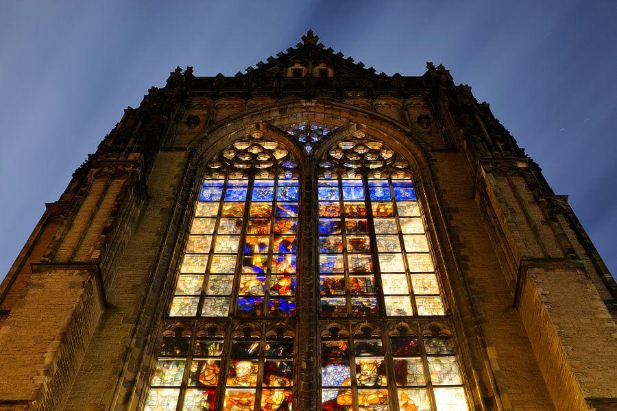 Domkerk in Utrecht met glas-in-loodramen van Donker Utrecht