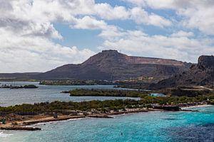 De tafelberg van Curaçao van Willemke de Bruin