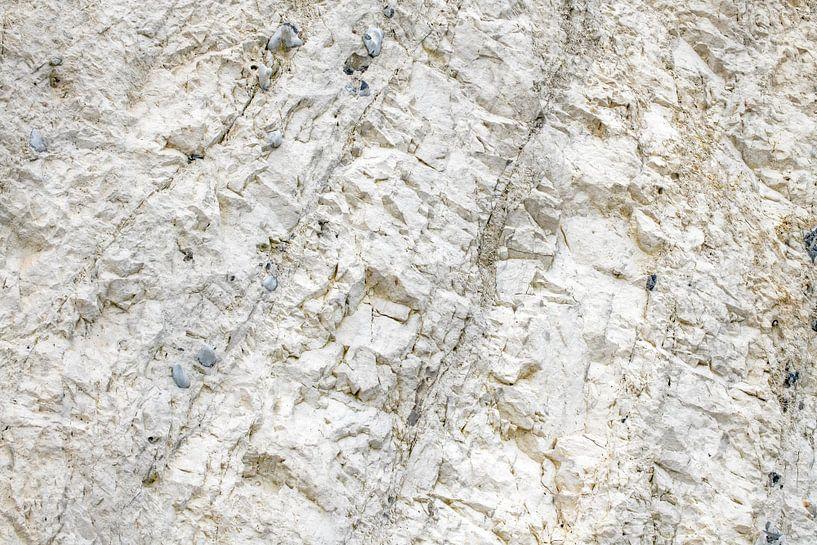 Wand in kalkgroeve van Hanneke Luit