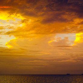 Sonnenuntergang über dem Nicaraguasee von Bastiaan Schuit