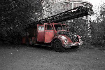 Feuerwehrfahrzeug von Capturedlight.nl Annet & Michel