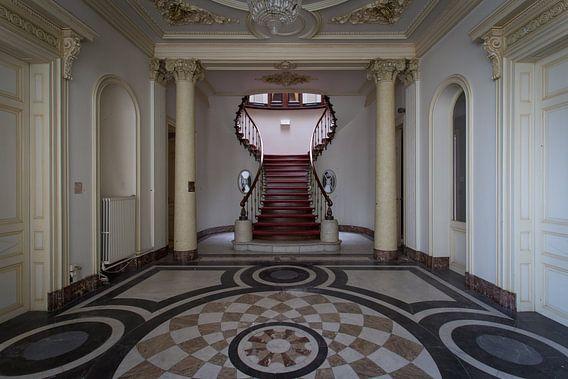 Teardrop staircase
