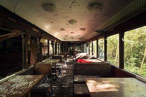 Restaurant in een Trein Cabine.