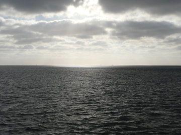 Waddenzee , Tussen Lauwersoog-Schiermonikkoog van Erik Nienhuis