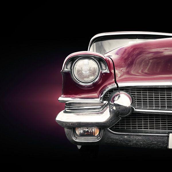 Voiture classique américaine 1956 Série 62 Deville avant sur Beate Gube
