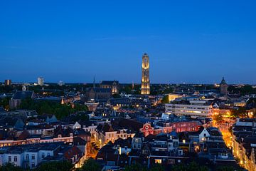 Stadsgezicht met Domkerk en Domtoren in Utrecht von Donker Utrecht