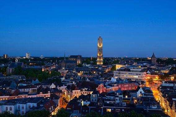 Stadsgezicht met Domkerk en Domtoren in Utrecht van Donker Utrecht