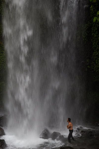 Kraft des Wassers von Thijs van den Broek