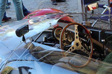 Interieur van een Maserati Tipo 63 van Marvin Taschik
