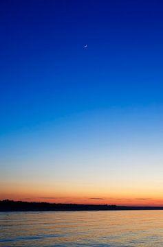 Ostsee mit Mondsichel von Thomas Jäger