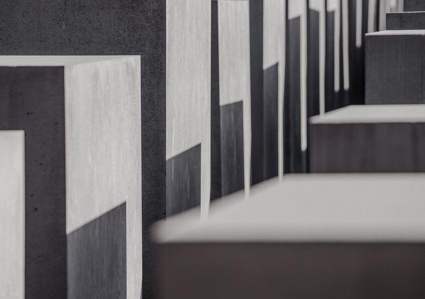 Abstract Holocaust Monument Berlijn van Bert Buijsrogge