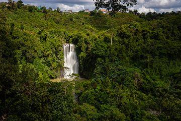Lang verloren glorie - Bo Bla Waterfall (Vietnam) van Thijs van den Broek