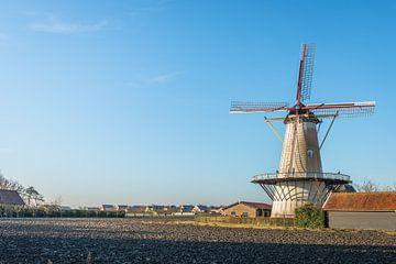 Mühle De Lelie in Koudekerke an einem sonnigen Wintertag von Ruud Morijn