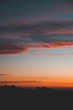 Kleurrijke Zonsopgang in Westenschouwen boven de Zeeuwse Duinen van Susanne Ottenheym