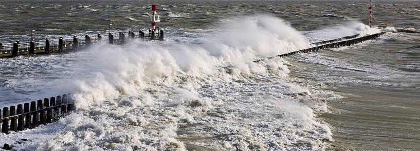 Panorama storm in Vlissingen van Anton de Zeeuw
