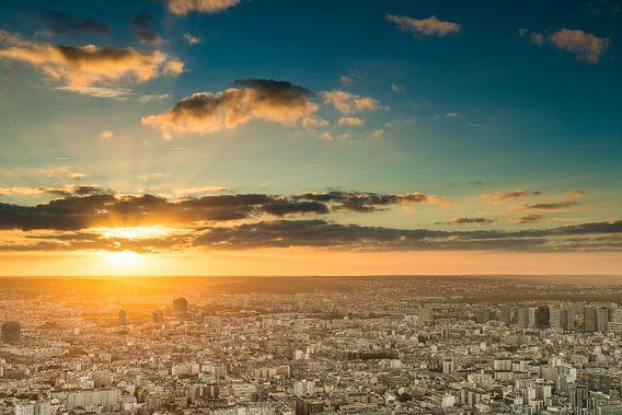Zonsondergang Parijs - Uitzicht Tour Montparnasse - 3 van Damien Franscoise