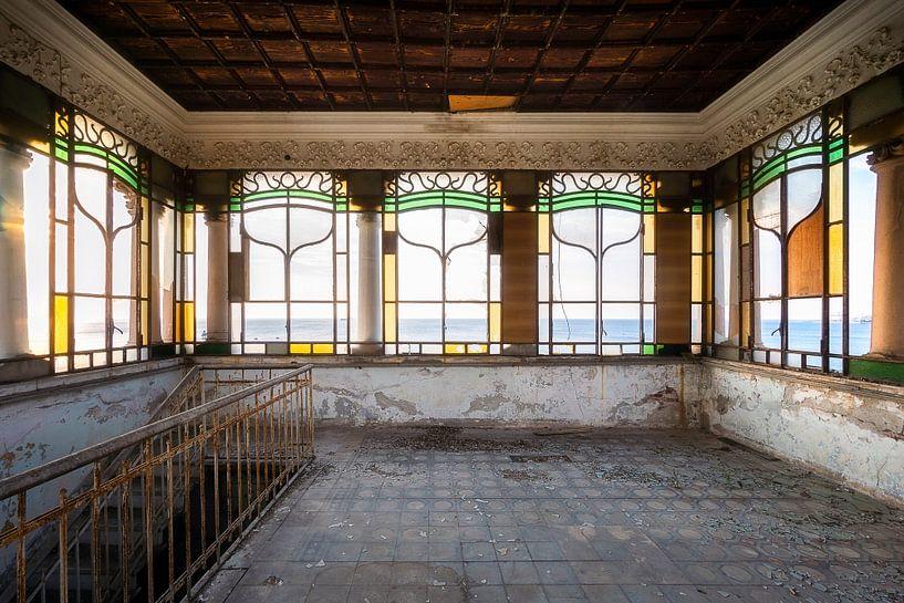 Verlaten Jugendstil Villa. van Roman Robroek