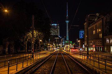 Berlijn in de nacht van Hugo Braun