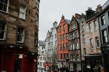 Die Straßen von Edinburgh | Farbenfrohe Reisefotografie | Edinburgh, Schottland von Trix Leeflang