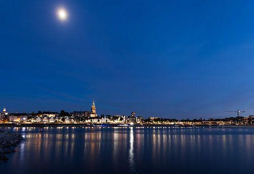 Nijmegen Waalkade stadsgezicht van