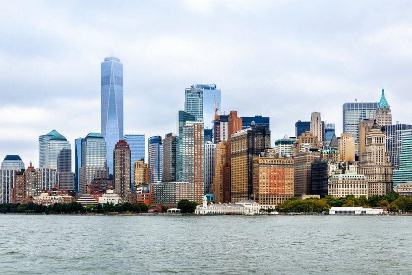 Skyline lower Manhattan (Hudson rivier) van Natascha Velzel